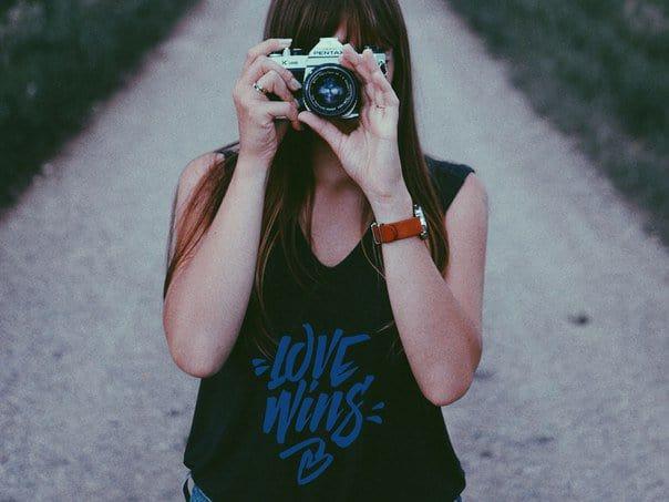 Love Wins шрифт скачать бесплатно